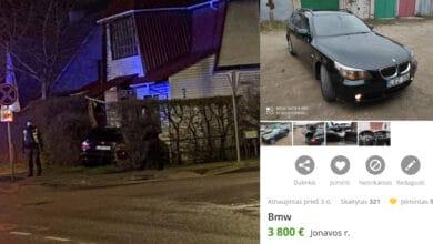 Jonavoje neblaivus BMW vairuotojas įvažiavo į namą