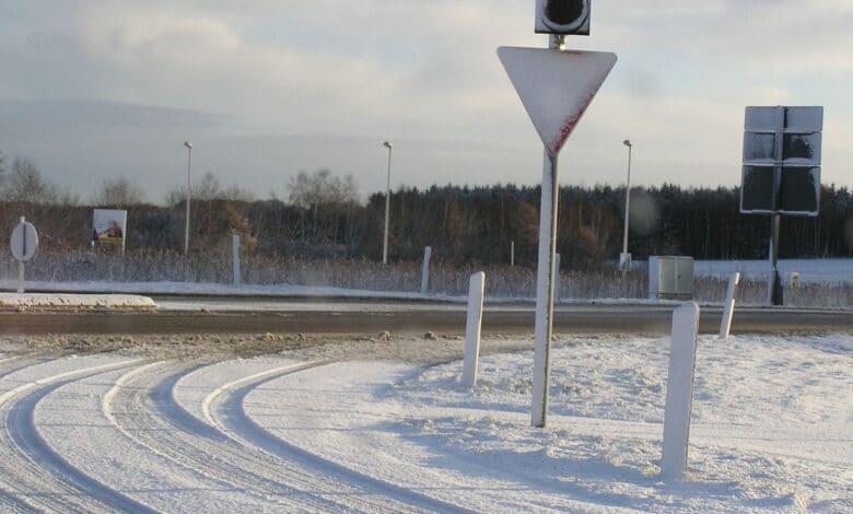 Kelių direkcija paskelbė, kur vairuotojai gali stebėti informaciją apie eismo sąlygas