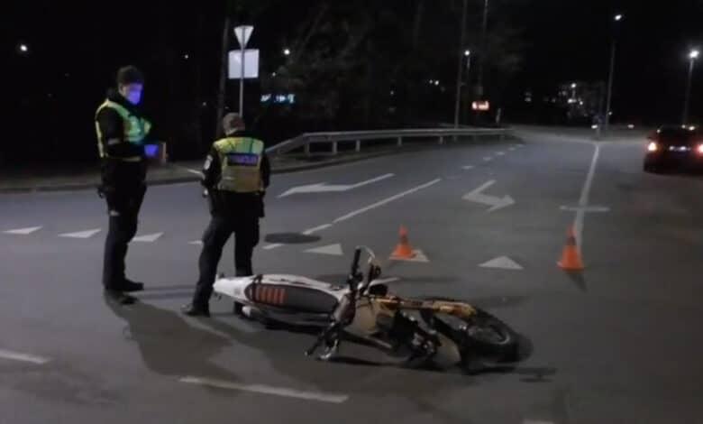 """Vilniuje """"BMW"""" markės automobilis partrenkė motociklininką"""