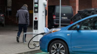 Gyventojai jau gali teikti prašymus kompensacinei išmokai už įsigytą elektromobilį