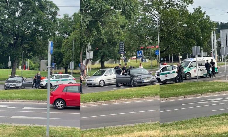 Vilniuje pareigūnai nutraukė girto BMW vairuotojo kelionę per miestą (video)