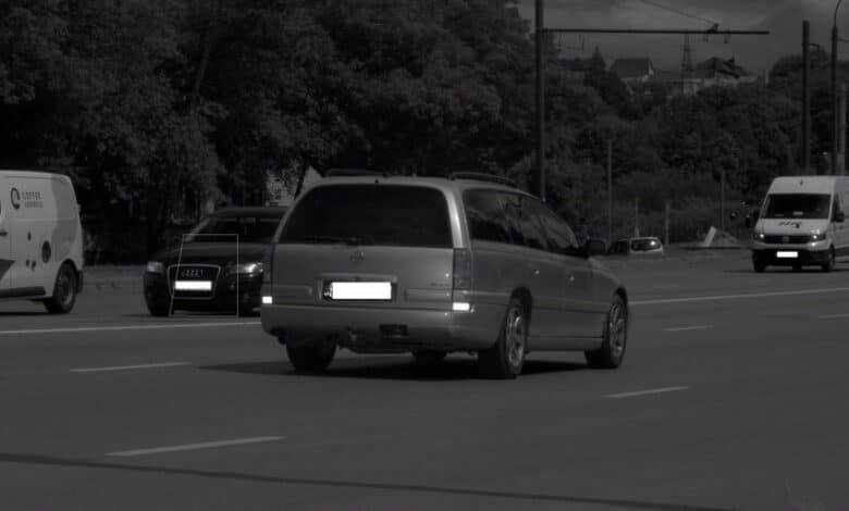 """Užfiksuotas """"Opel"""" dvigubai viršijęs greitį ir sustabdytas nuo pareigūnų bandęs pasprukti girtas vairuotojas"""