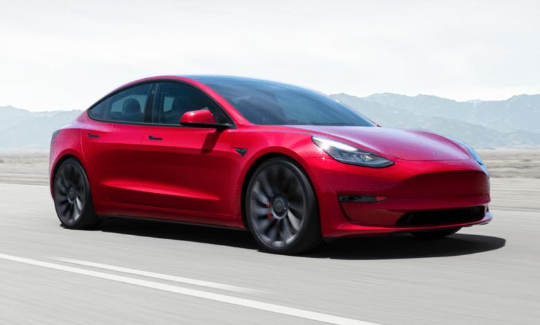 Elektromobiliai nuo sunkiausių iki lengviausių