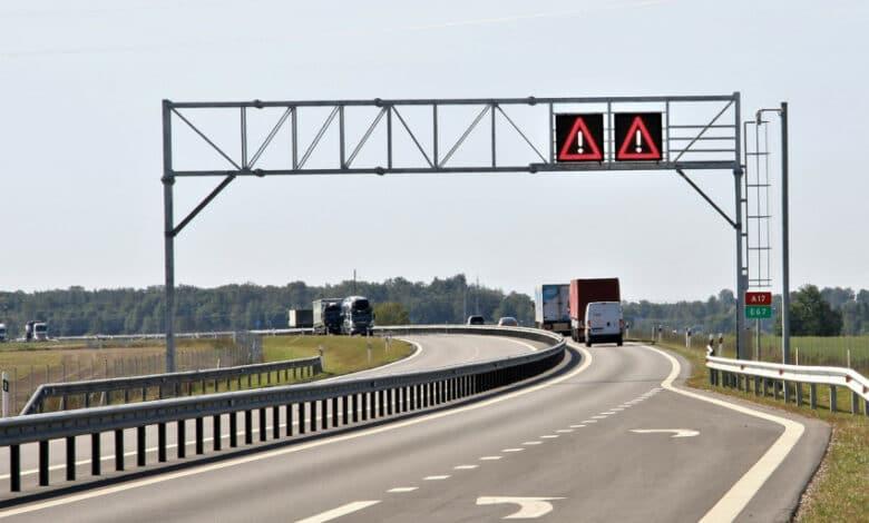 Apie pokyčius intensyvaus eismo magistralėje Via Baltica informuos kintamos informacijos ženklai