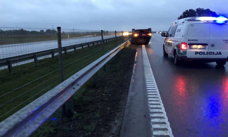 Ketvirtadienį užregistruoti 59 eismo įvykiai, sužeista 10 žmonių