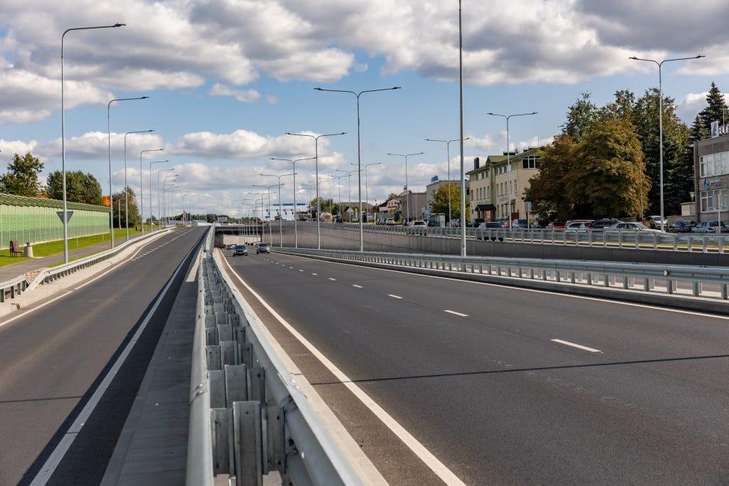 Oficialiai užbaigtas Liepkalnio ir Žirnių g. viadukas jau duoda teigiamų pokyčių