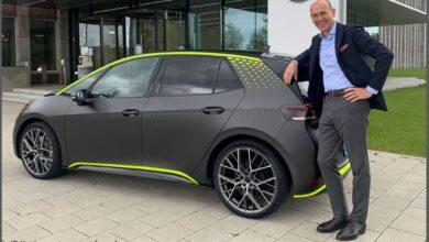 """Patvirtinta, kad bus gaminamas """"Volkswagen ID.3 GTX"""" elektrinis karštas hečbekas"""