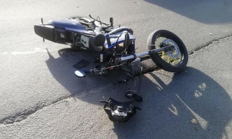 Paauglys pateko į avariją su tėvo mopedu
