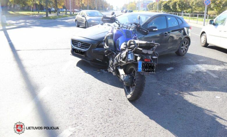 Savaitgalį užregistruoti 187 eismo įvykiai, žuvo motociklo vairuotojas
