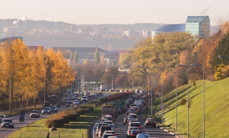 Žaliesiems pokyčiams paspartinti siūloma nuo 2023-ųjų teisingai įkainoti iškastinį kurą